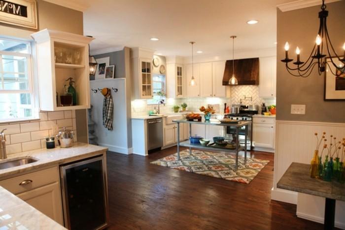 wunderschöne-große-küche-magnolia-farbe