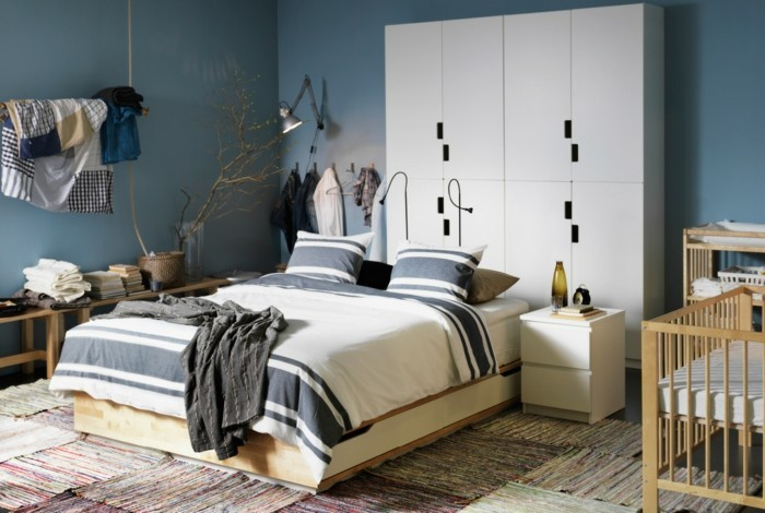 wunderschöne-wandfarben-palette-im-schlafzimmer-weiß-und-blau