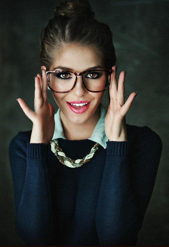 0-große-Brillen-ohne-Stärke-Modell-für-Damen