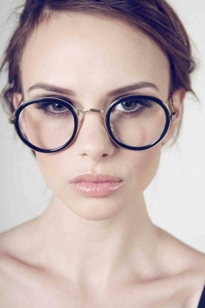 0-runde-retro-Brille-Modell-für-Damen