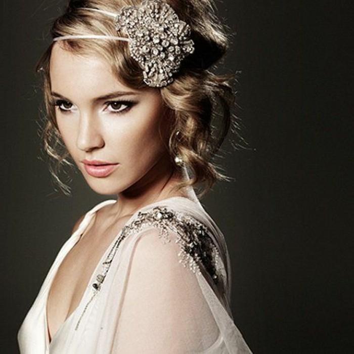 20er-jahre-mode-tolles-accessoire-für-die-haare