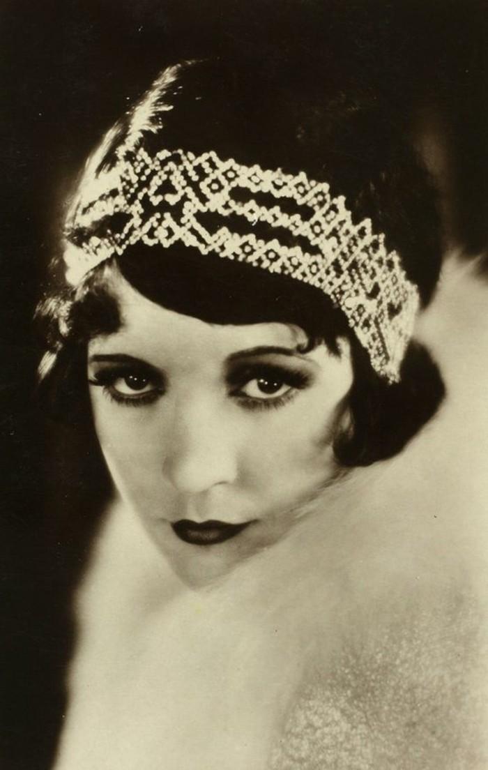 20er-mode-wunderschönes-bild-weiß-und-schwarz