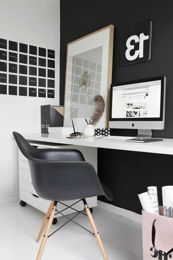 Arbeitszimmer-in-Schwarz-und-Weiß