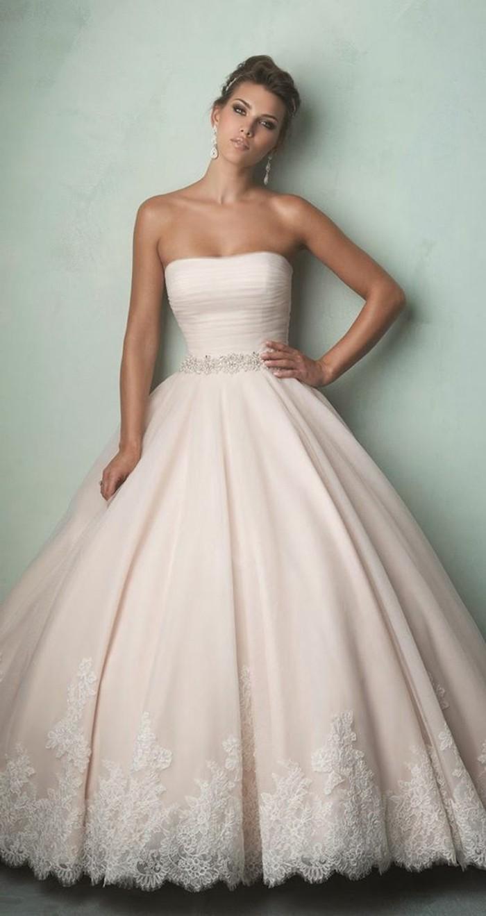 Brautkleid-in Rosa-dekorativ