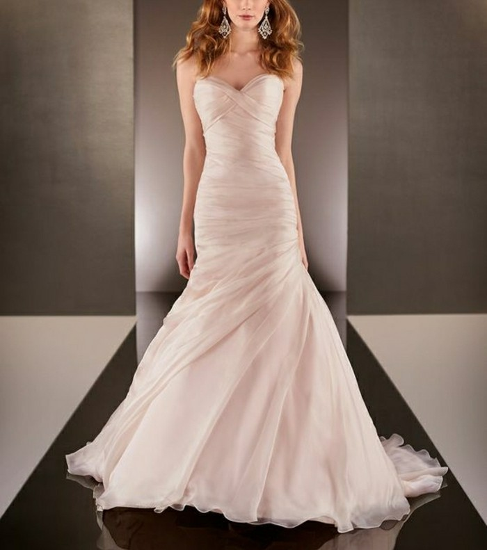 Brautkleid-in Rosa-haute couture-resized