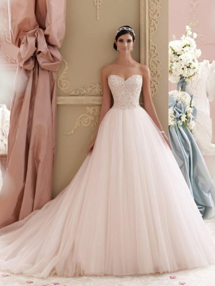 rosa brautkleid f r einen glamour sen hochzeits look
