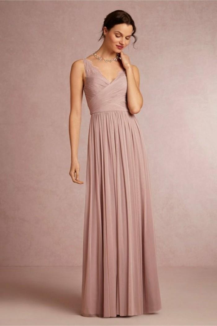 Brautkleid-in-Rosa -schlicht