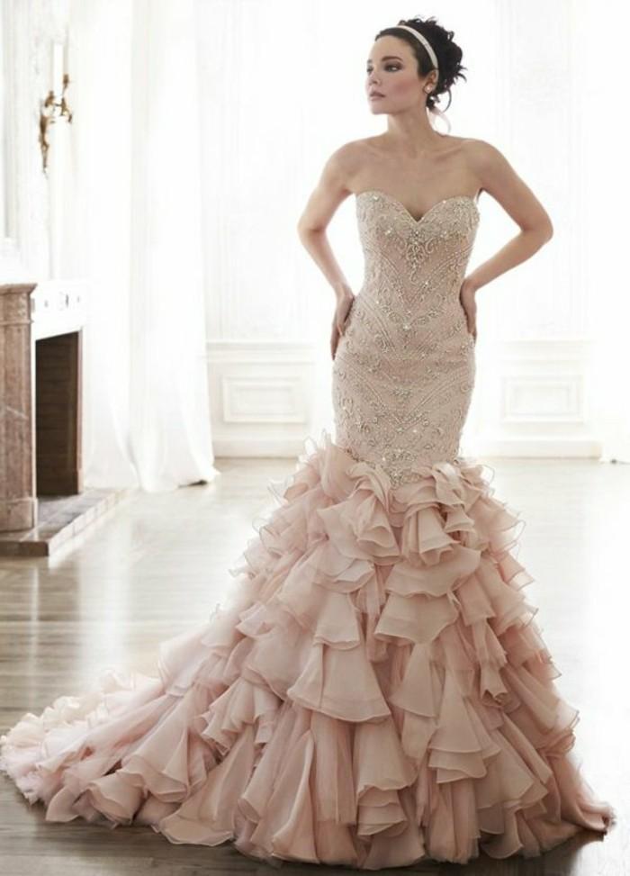 Wenn Ihr Hochzeitskleid schick und luxuriös aussehen sollte..