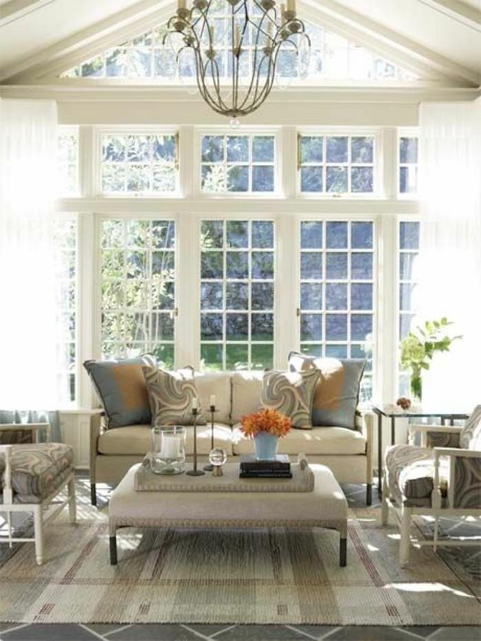 Design-Wohnzimmer-elegant-wohnzimmercouch