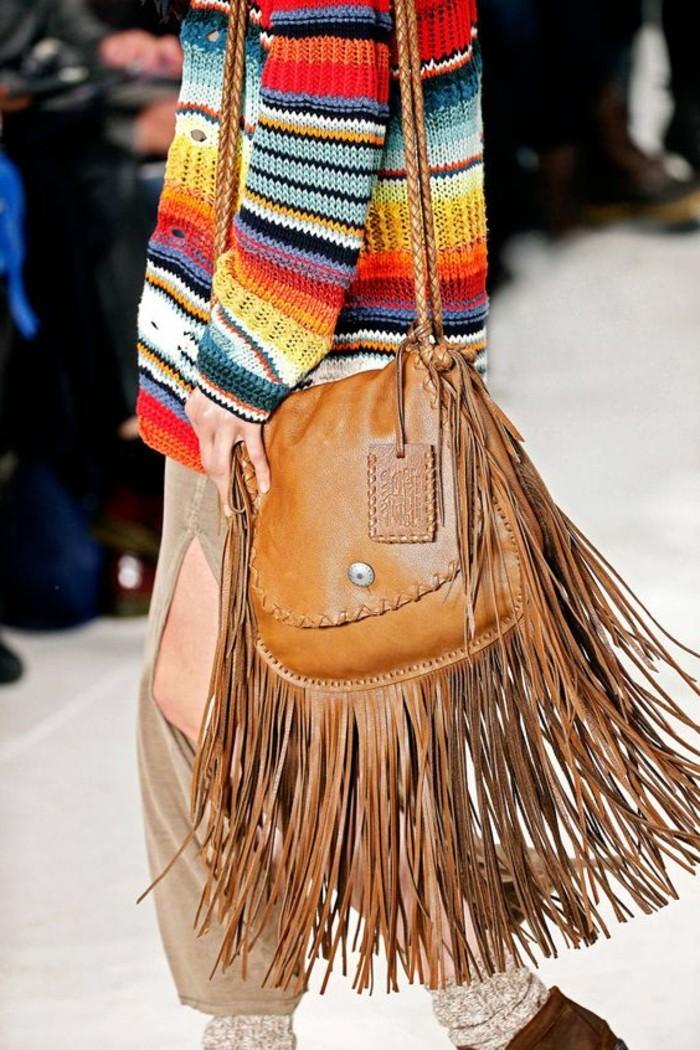 Designer-Tasche-mit-Fransen-in-Boho-Stil