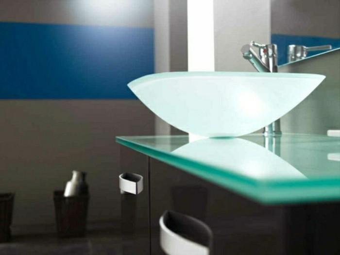 Waschbecken modernes design  Erstaunliche Glas Waschbecken Modelle für jedes Badezimmer ...