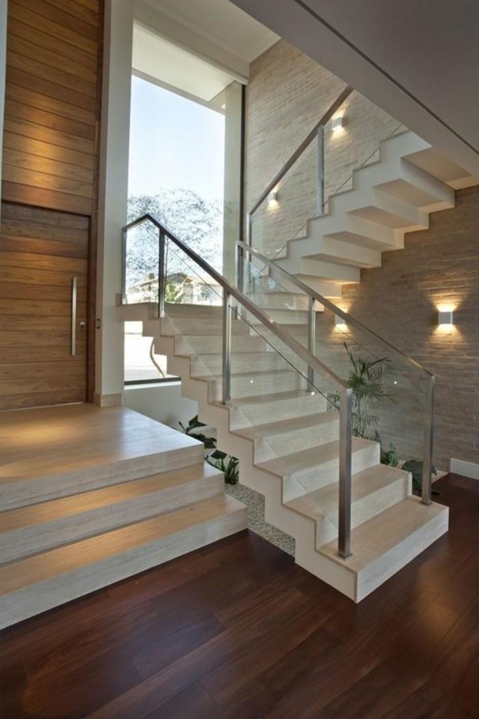 Glasgeländer-Treppe-und-edelstahl-brüstung