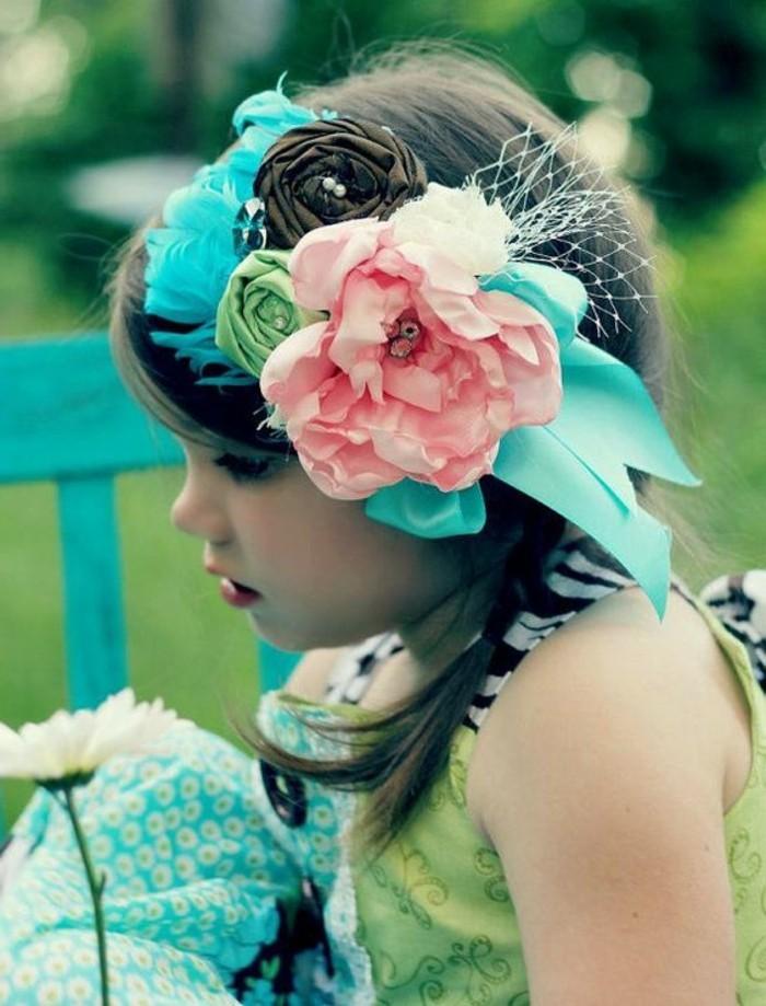 Haarschmuck-für-Kinder-Band-mit-vielen-Dekorationen