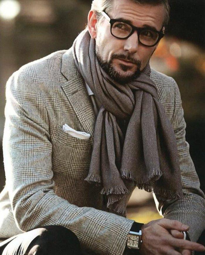 Mann-mit-Nerdbrillen-super-angesagt