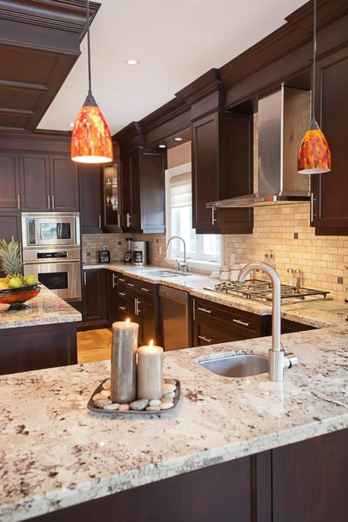 Marmor-Arbeitsplatte-küche-in-braun