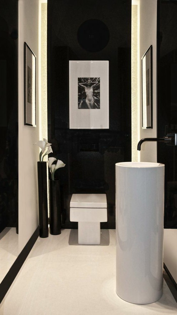 Moderne -waschbecken -schwarz-weiß