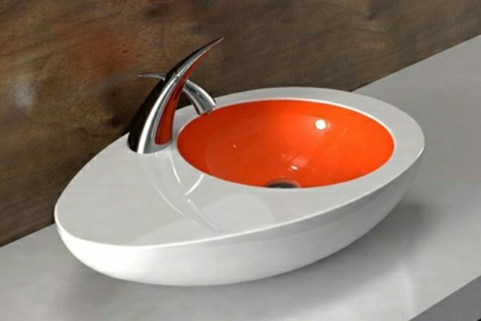 Moderne -waschbecken-weiß-und-orange