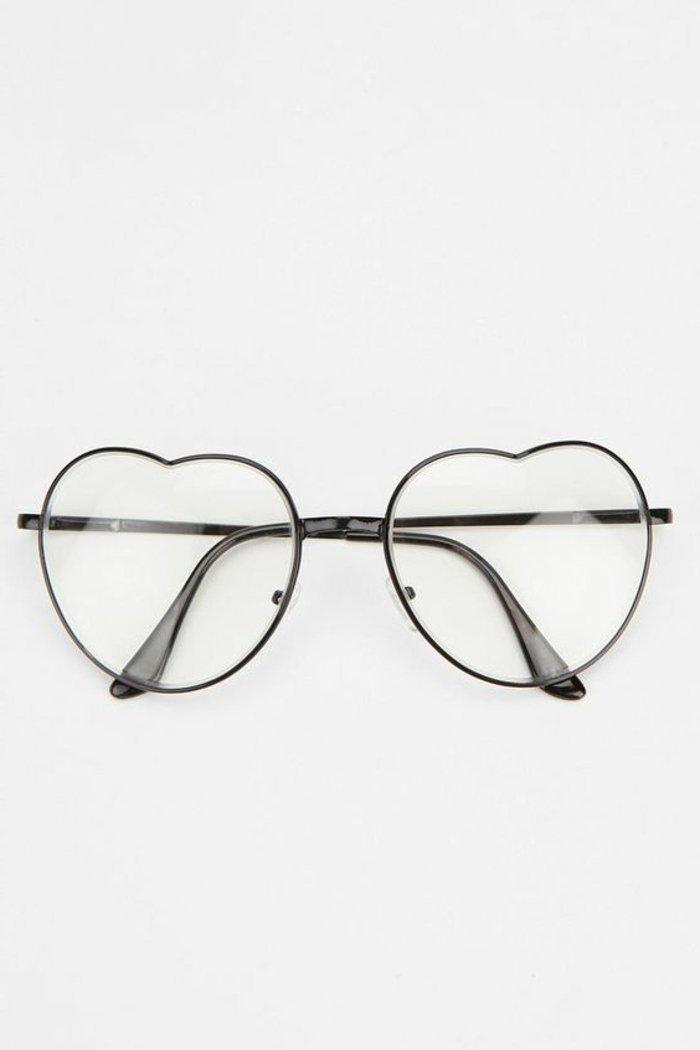 Nerd-Brille-ohne-Stärke-mit-Herzenform