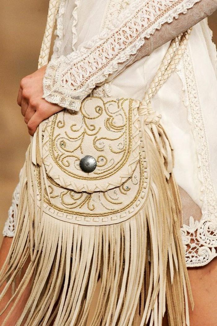 Ralph-Lauren-Handtasche-in-Beige-mit-Dekoration