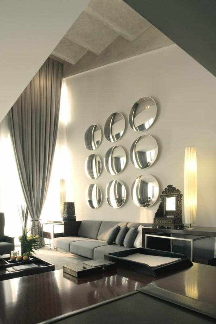 Schöne-Wohnzimmer-wandgestaltung-mit-spiegel