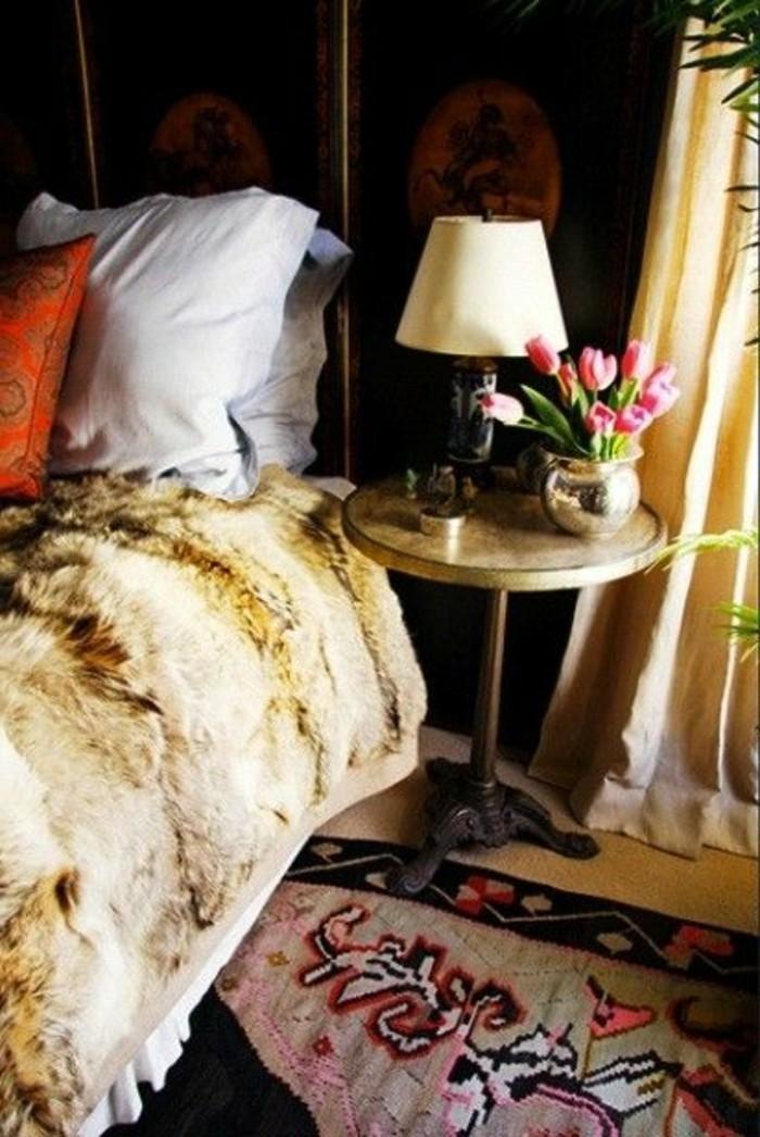 Tagesdecken-für-Betten-deko-mit-tulpen
