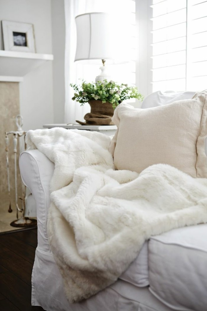 flauschige tagesdecken f r betten kuschelig und gem tlich. Black Bedroom Furniture Sets. Home Design Ideas