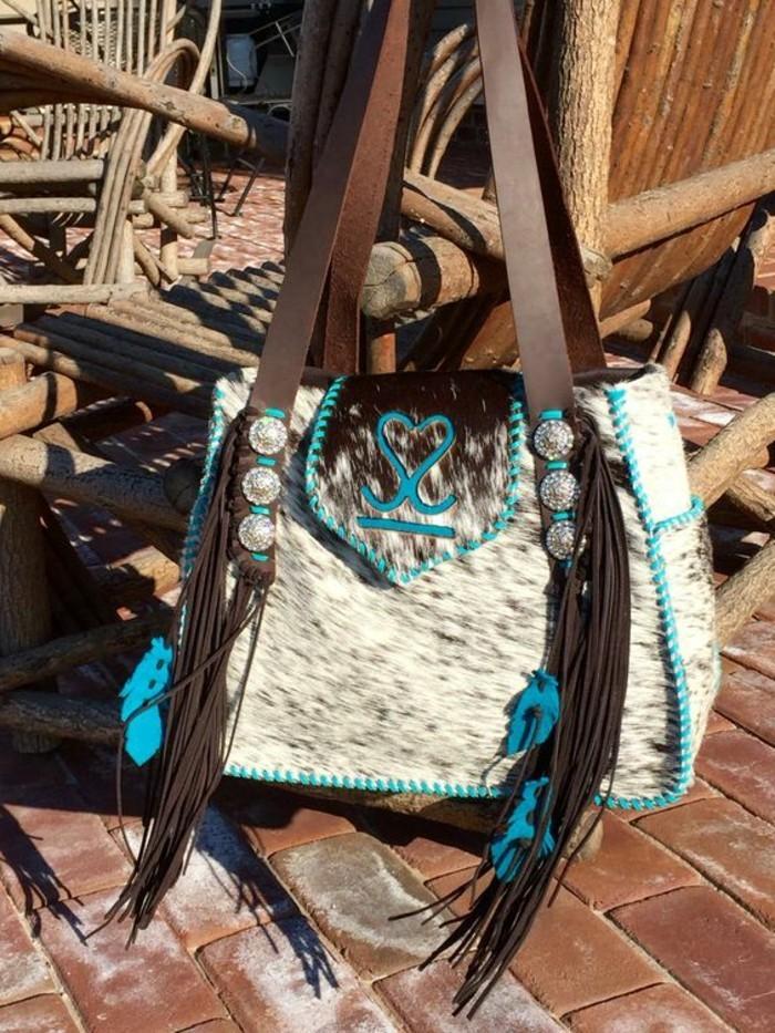 attraktive-Hippie-Tasche-aus-Rindsleder