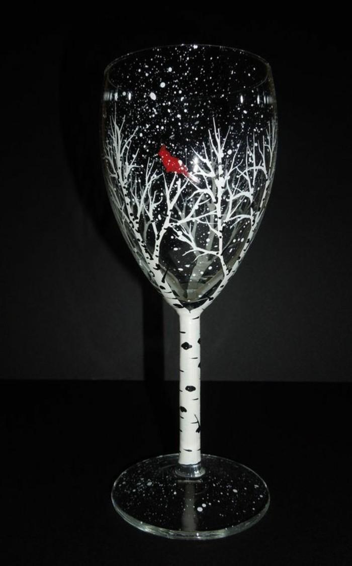 attraktives-Sektglas-dekoriert-als-Birke