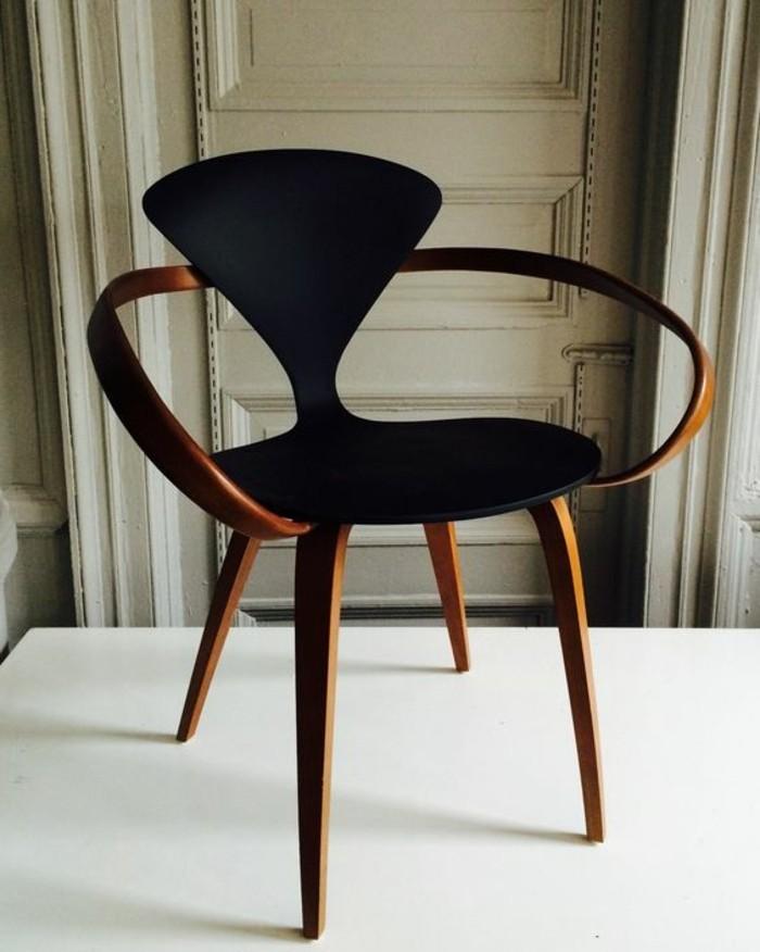 Schwarzer Stuhl Kombination Von Komfort Und Stil Archzinenet