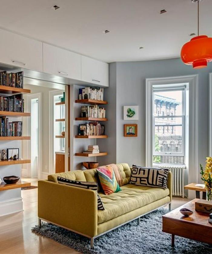 Beige Wohnideen Frs Wohnzimmer Gelbes Sofa Viele Regale
