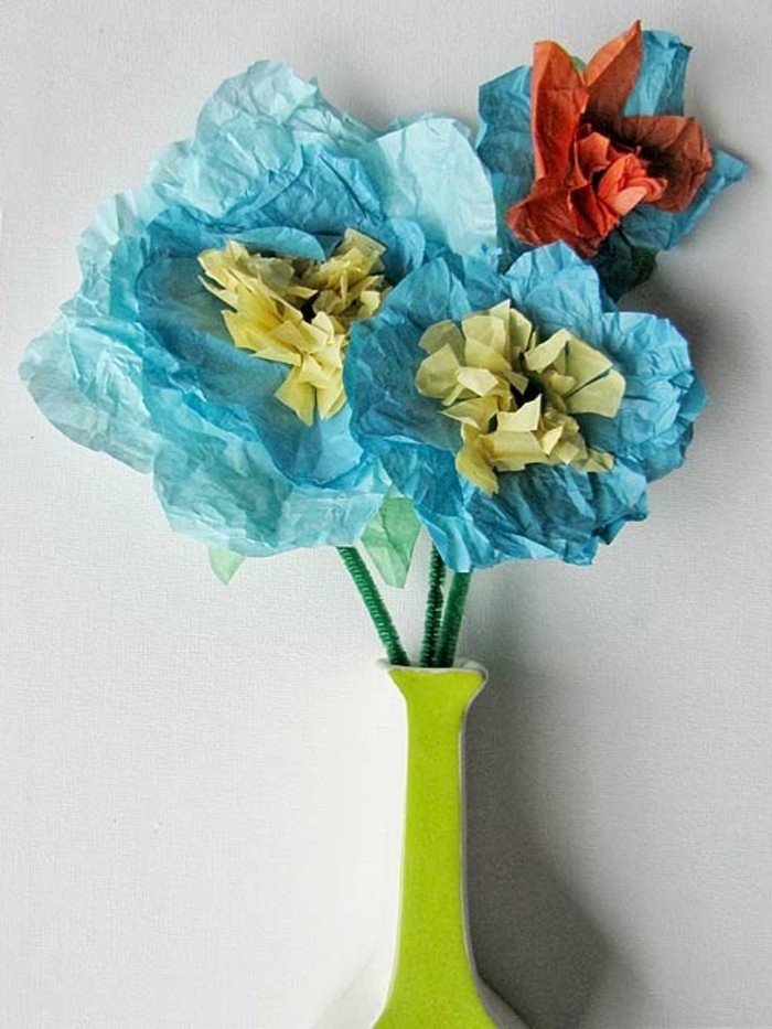 blaue-blumen-aus-papier-interessante-bastelideen