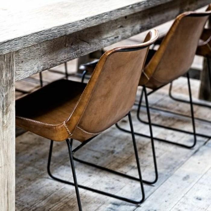 braune-Lederstühle-mit-schönem-Design