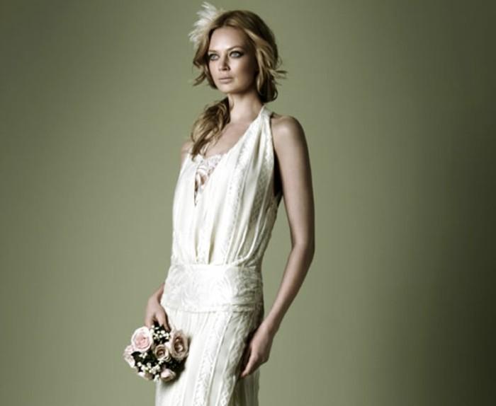 brautkleid-in-weiß-20er-jahre-style-schöne-kleidung