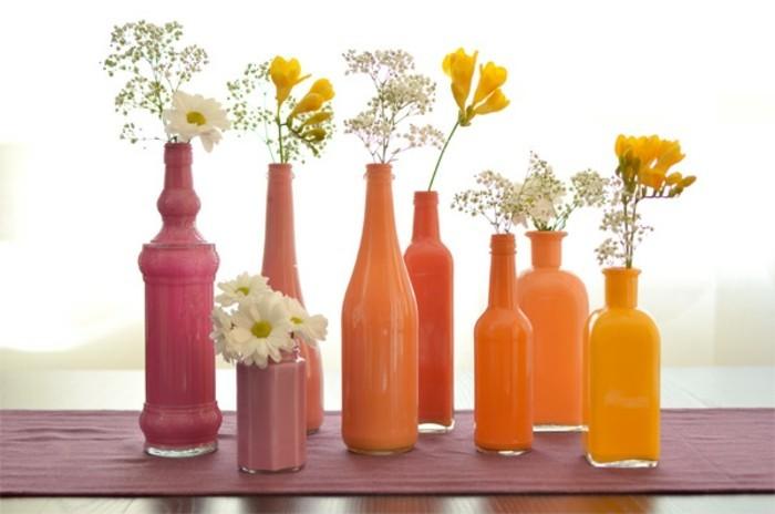 deko-bastelideen-orange-flaschen-kreative-schöne-blumen