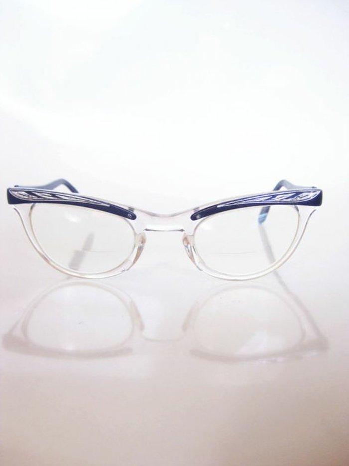 elegante-Brillen-ohne-Stärke-mit-einzigartigem-Design