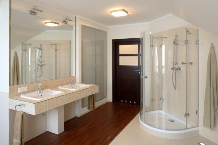 elegantes-badezimmer-in-weiß-kreative-duschkabine