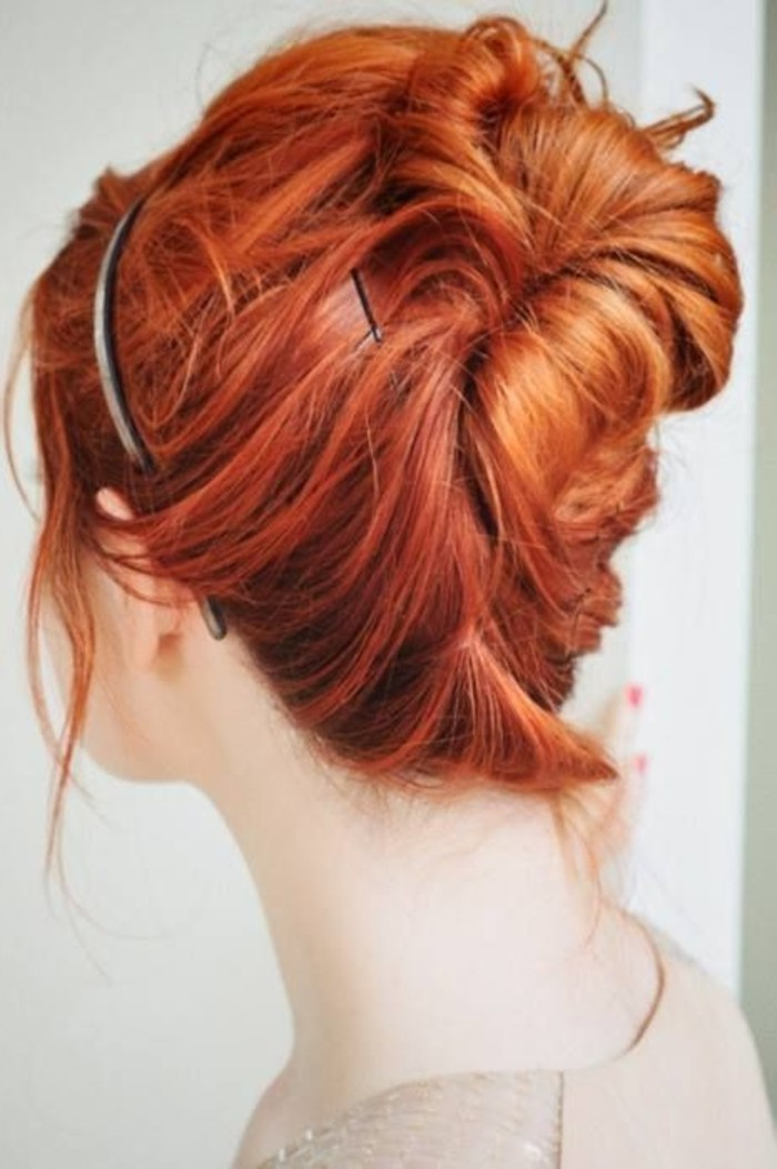 fantastische-Kupfer-Haare-mit-legerer-Frisur