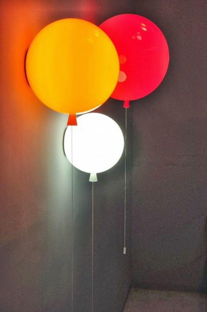 farbige-Lampen-gestaltet-als-Ballons