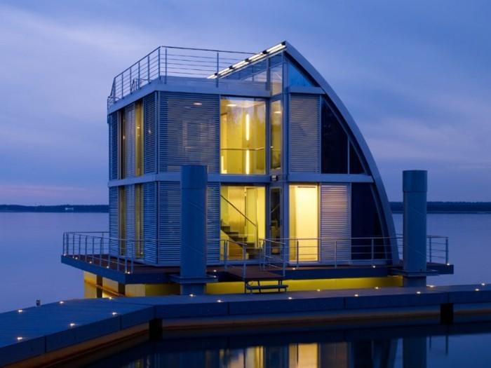 floating-homes-auf-mehreren-etagne-unikales-desgin