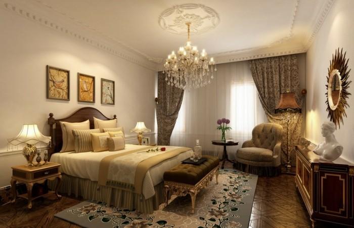 goldenes-modell-schlafzimmer-mit-einem-schönen-kronleuchter