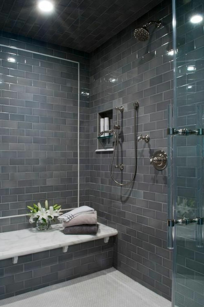 glaswand dusche - modernes badezimmer modell - tolle gestaltung