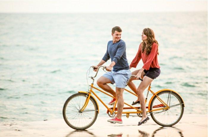 innovatives-Modell-Fahrrad-für-zwei