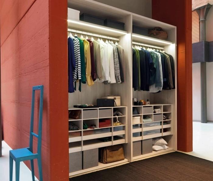 integriertes-licht-im-kleiderschrank-im-schlafzimmer