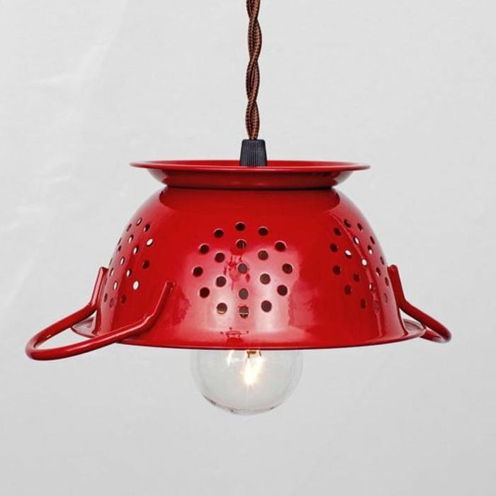 rote-Lampe-in-der-Form-von-Topf-Kirschen-Nuance