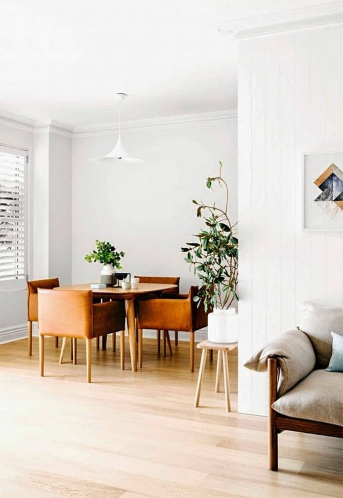 kleines-Esszimmer-bequeme-Esszimmerstühle-mit-Armlehne
