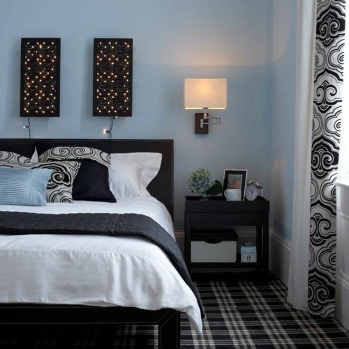 kleines-schönes-schlafzimmer-mit-wandleuchten-gestalten
