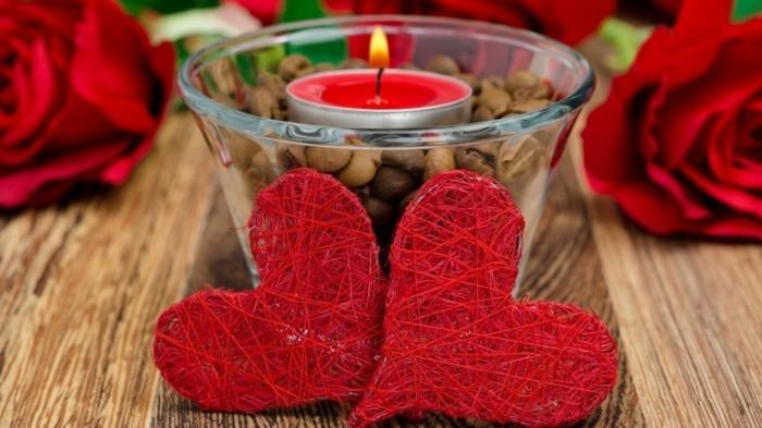 kostenlose-bilder-valentinstag-zwei-schöne-kleine-rote-herzen