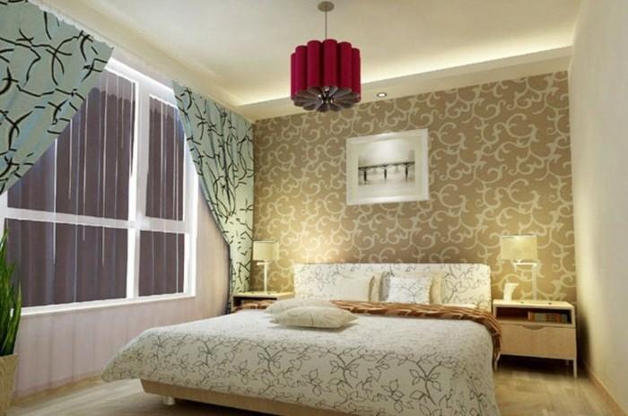 kronleuchter-und-led-beleuchtung-im-tollen-schönen-schlafzimmer