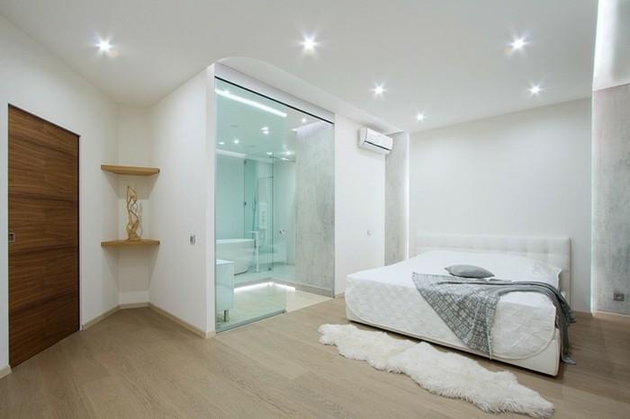 moderne-deckenleuchten-im-weißen-schlafzimmer