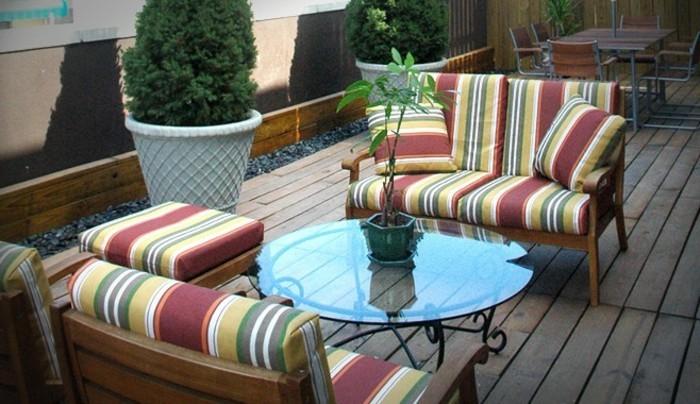 moderne-möbel-auf-der-terrasse-kreative-ideen